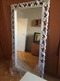 Reljefno ogledalo
