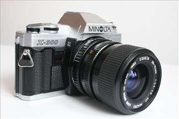 Minolta X-300 i EXAKTA 35-70mm 1:3.5-4.8 MC Macro