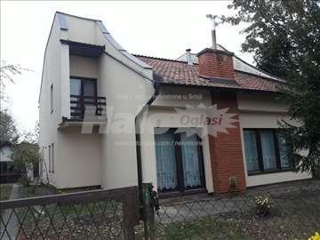 Kuća u Žitištu sa velikim placem