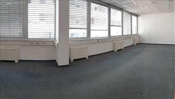 Poslovna zgrada open space kancelarije