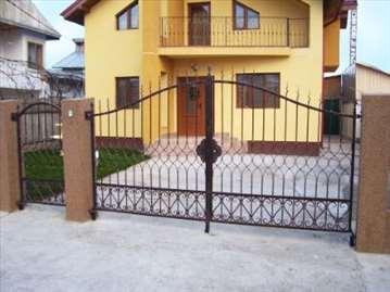 Kapije, ograde, zaštitne rešetke, kovano gvožđe...