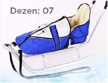 Sanke za decu sa toplom zimskom vrećom plave boje
