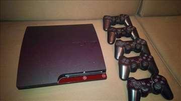 Sony PS3 konzola (500 GB)+ 5 džojstika + 20 igara