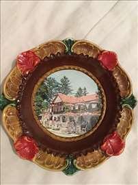 Keramički ukrasni tanjir