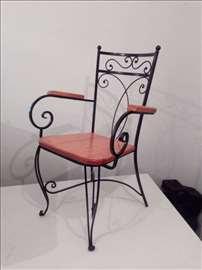 Stolice od kovanog gvožđa
