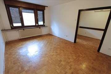 POVOLJNO! Renoviran stan za PP, garaža! ID 8679