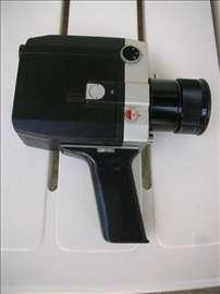 Prodajem kameru i projektor za S8