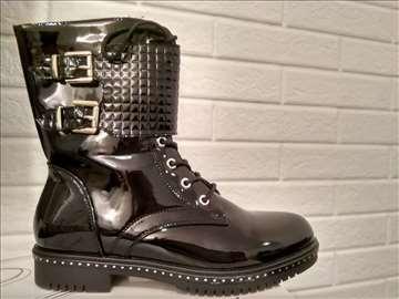 Nove duboke ženske cipele br. 39