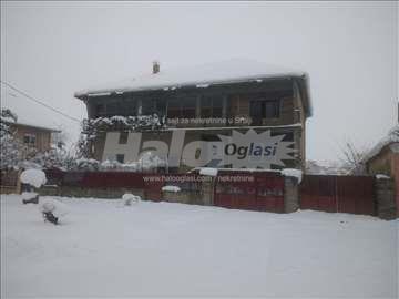 Kuća u Sefkerinu