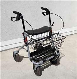 Hodalica šetalica Invacare /invaliska kolica rolat