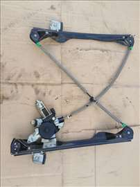 Podizac stakla za Ford Focus od 1998. do 2004. god