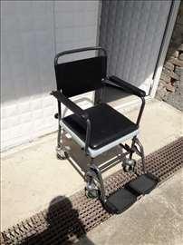 Toaletna kolica Invacare + kolica za tuširanje