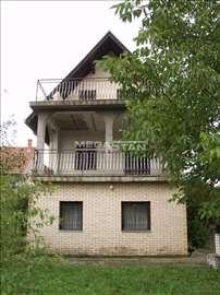 BARAJEVO Boždarevac, 211m2, pr+I+ptk, 15,5ari, uk.
