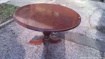 Prodajem okrugli sto
