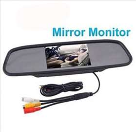 Retrovizor kao monitor za parkiranje