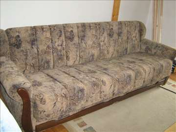 Prodajem kauč
