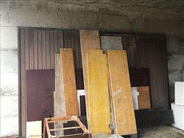 Podplafonska vrata od pleha 2.47m sa 4m