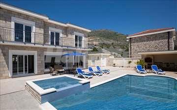 Vila s bazenom 8 km od Dubrovnika u Hercegovini