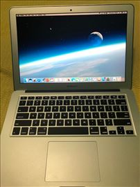 Prodajem MacBook Air 13, kao nov