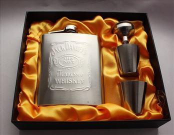 Pljoska Jack Daniels komplet u poklon kutiji