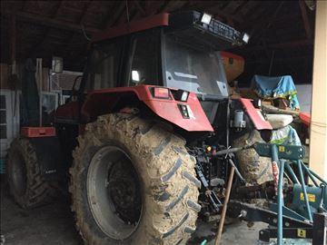 Traktor Case 5120H