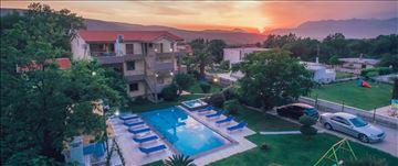Crna Gora,Kotor,Radanovic iapartmani sa bazenom