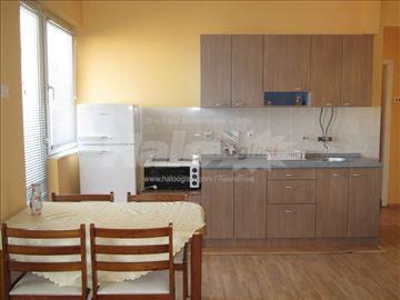 Namešten stan u centru Kragujevca