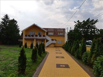 Stan na dan smeštaj Čačak Golden House Apartments
