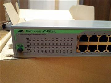 Svič - Allied Telesyn AT-FS724L 24 ports