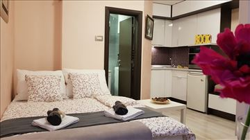 Beograd, apartman sa besplatnim parkingom