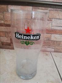 Heineken staklena čaša 0.5l limited edition