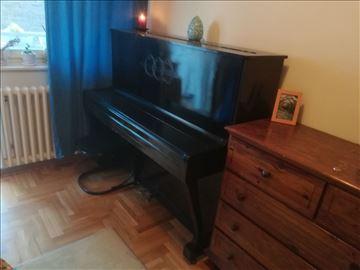 Prodajem klavir pianino po povoljnoj ceni
