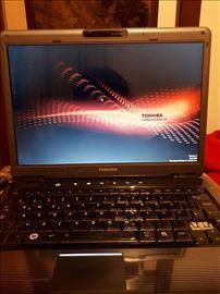 Toshiba SA U400, dual core, 3gb ram, 160gb hd, kam