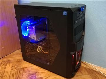 Intel i5 4690K računar