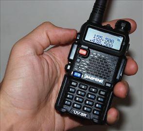 Baofeng UV-5R Dual-Band Baofeng radio stanica