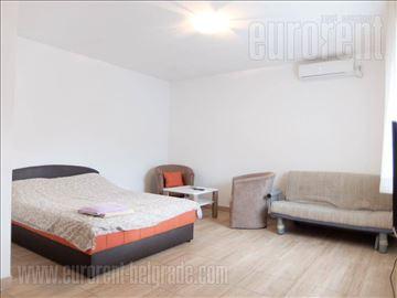 #39434, Izdavanje, Kuća, JAJINCI, 3000 EUR
