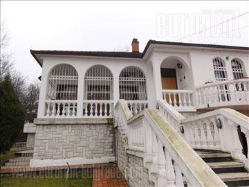 #7255, Izdavanje, Kuća, VIŠNJIČKA BANJA, 1500 EUR
