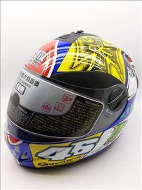Kaciga Valentino Rossi 46 nova, replika
