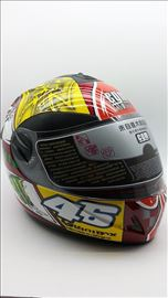 Kaciga Valentino Rossi 46 novo - replika