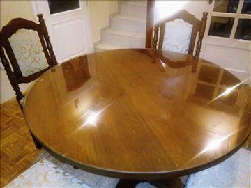 Stilski drveni sto + stolice