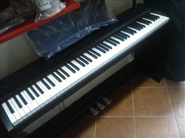 Akcija - digitalni pianino - Hamer dirka - tri pe