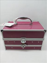 Kofer sa šminkom-novo