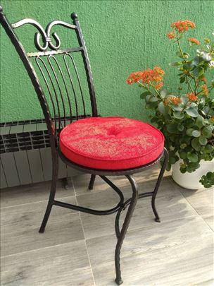 Stolice - kovano gvožđe