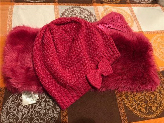 H&M kapa i šal za devojčice