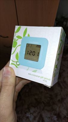 Plavi sat termometar, nov