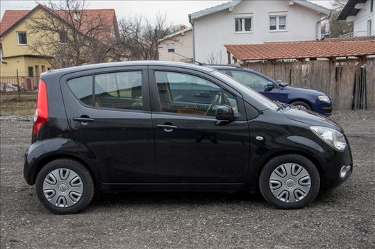 Opel Agila 1.0B