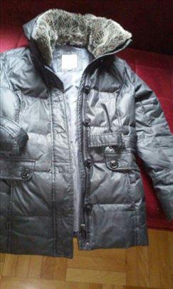 Zenska jakna broj 40