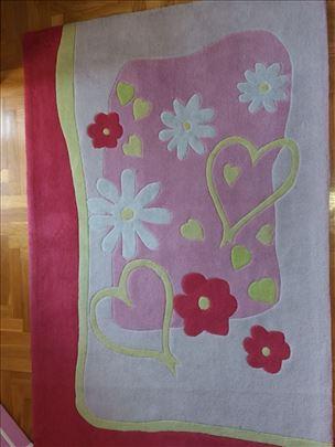 Tepih Cilek, veoma kvalitetan i lep, dobro očuvan