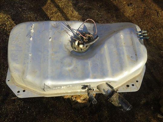Fiat uno rezervoar+pumpa