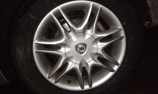 1 aluminijumska felna Lancia  Liybra